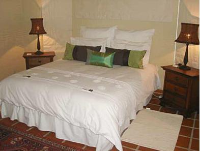 Art & Wine Guesthouse - bedroom