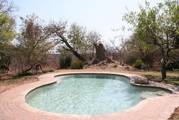 Masorini - pool