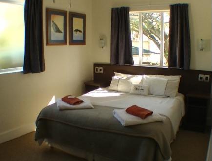 Honeycomb Guest house - bedroom