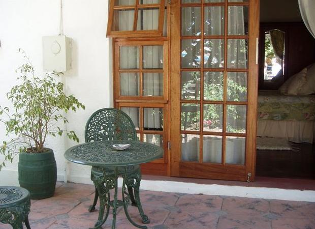 Falcon Crest - verandah