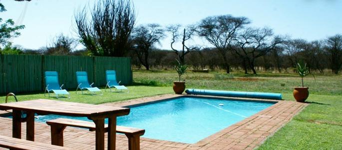 Paradise Lodge - pool