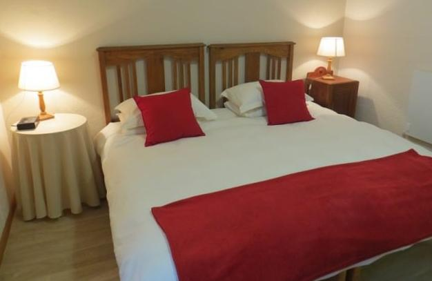 The Guinea Fowl Cottage - bedroom