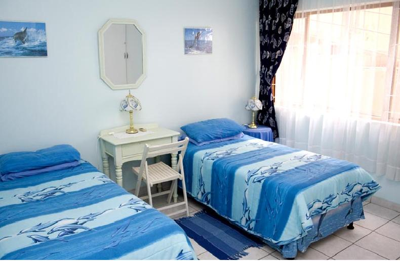 Ocean Blue Guest House - bedroom