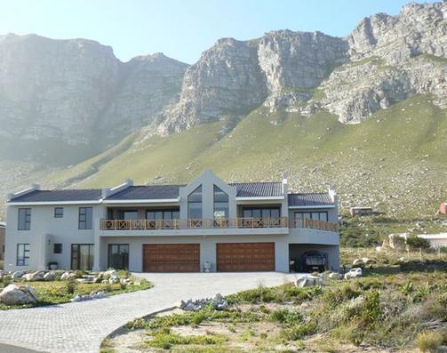 Van Den Bergs Guesthouse