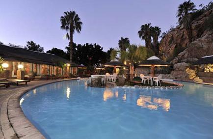 Avalon Springs - swimming pool