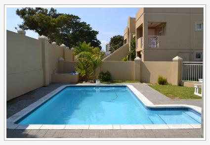 Smithland Holiday Apartments - pool