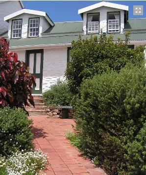 Valhalla Guest House - beautiful garden