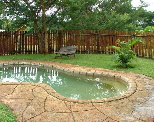 Hippo Waterfron Lodge