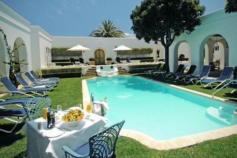 Marine Hotel - swimming pool