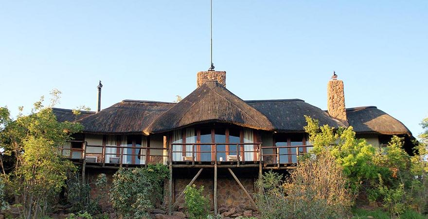 Mhondoro Lodge