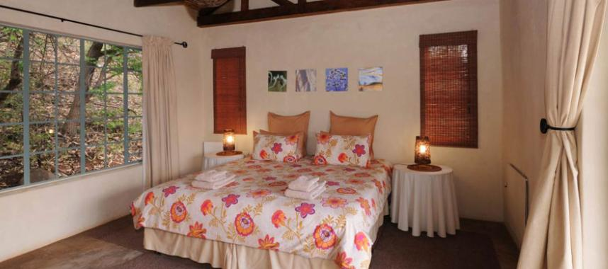 Saamrus Guest Farm - bedroom