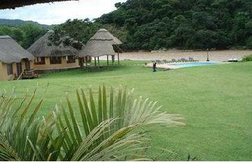 N'Taba River Lodge - main