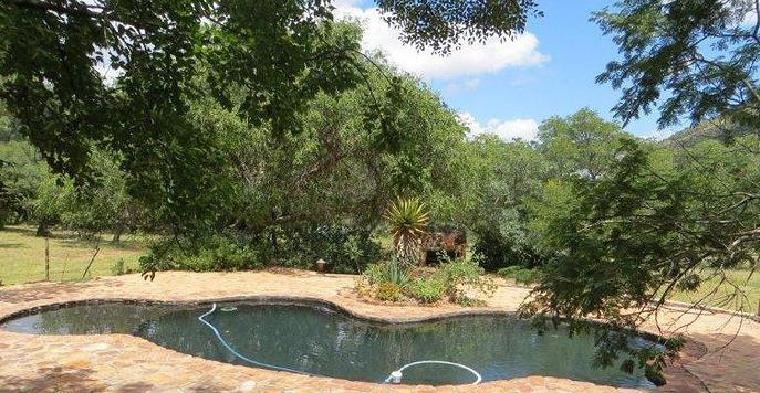 Shondoro Mountain Retreat - swimming pool