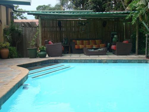 Botany Bay Lodge - swimming pool