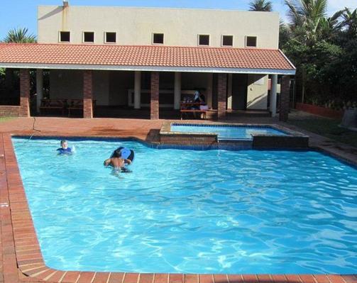 La Guna La Crete - swimming pool