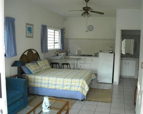 Chart Manor - bedroom