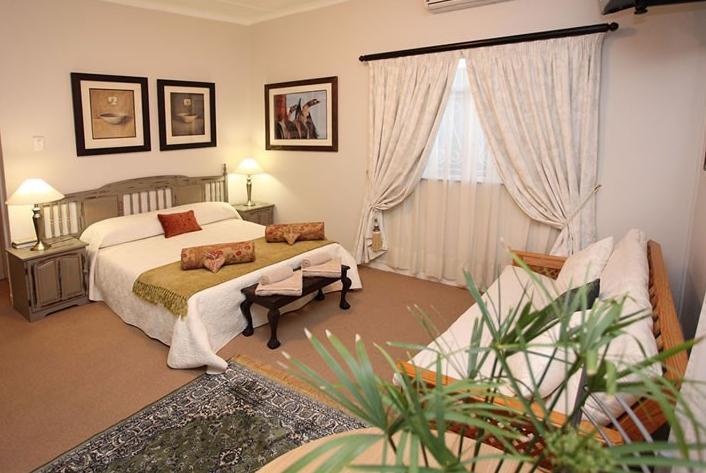 Gumtree Lodge - bedroom