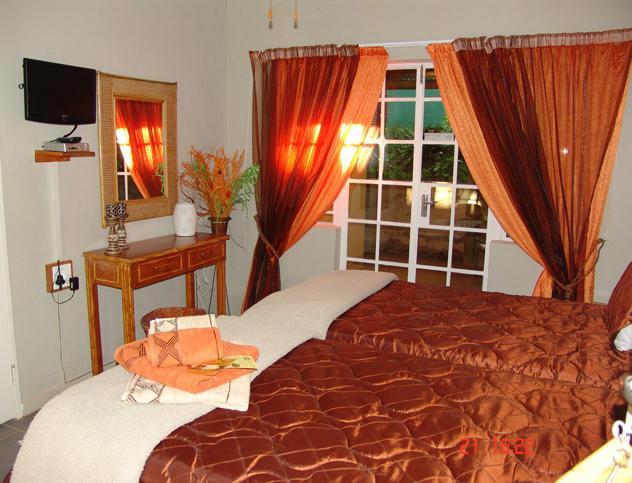 Mukwa Farm - bedroom