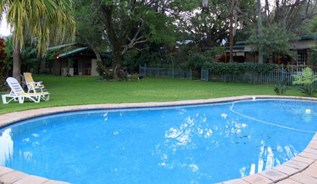 Mukwa Farm - pool