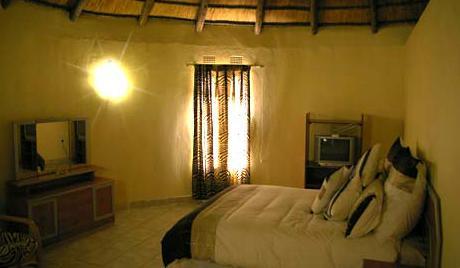 Bhuba Bush Lodge - bedroom