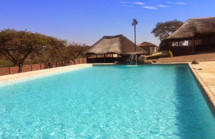 Bhuba Bush Lodge - pool