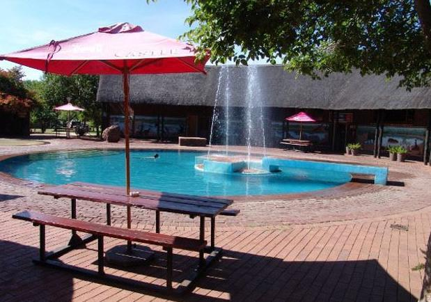 Manyane Resort - swimming pool