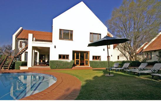 Budmarsh Lodge - pool