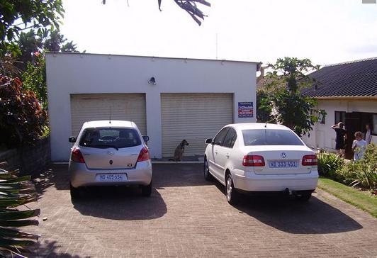 Lawside - garage