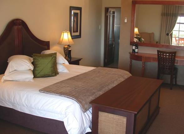 Mooiplaas Guesthouse - bedroom