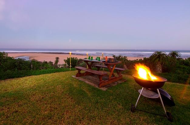 On the Beach Guest House - braai