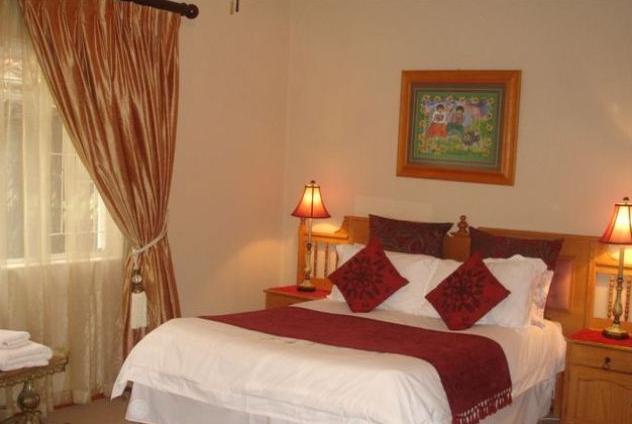 Volstruisvlei Guest Cottage - bedroom