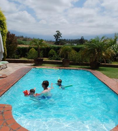 Villa Tarentaal - pool