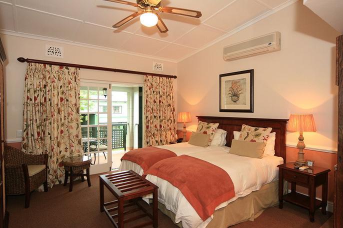 Chelsea Villa - bedroom