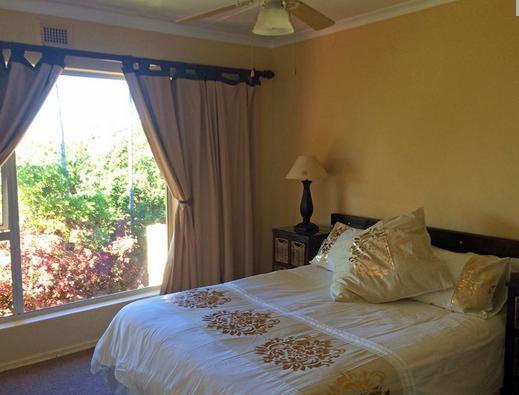 Ramsgate Palms - bedroom