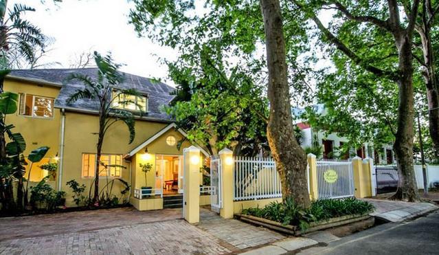 Hunneyball House - main 1