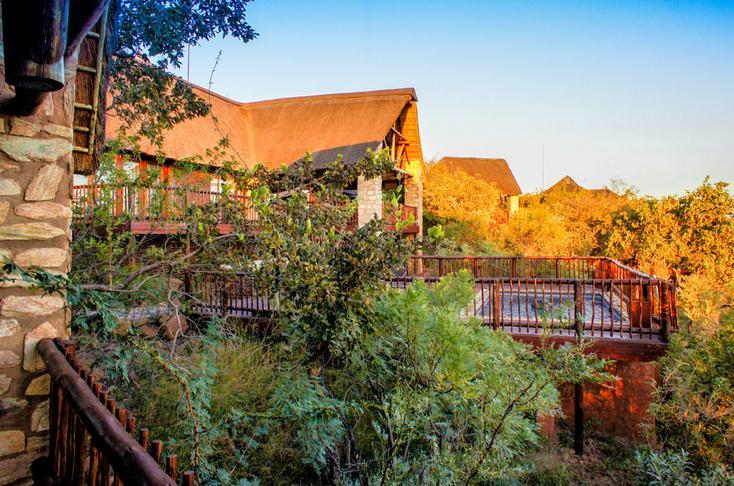Warthog Lodge - main