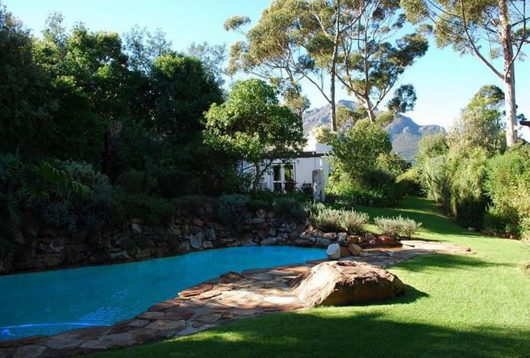 Makuti Lodge - pool