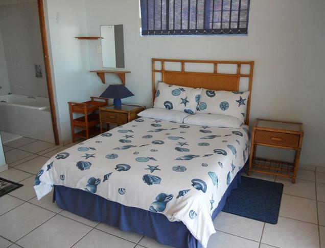 Beachfront Cabanas - bedroom
