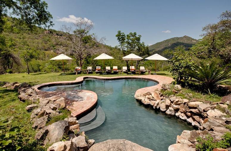 Bongani - pool 1
