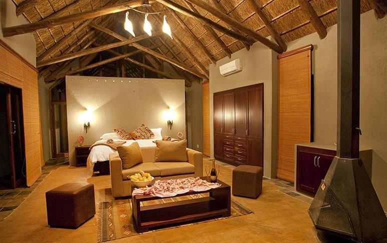 The Black Rhino - bedroom