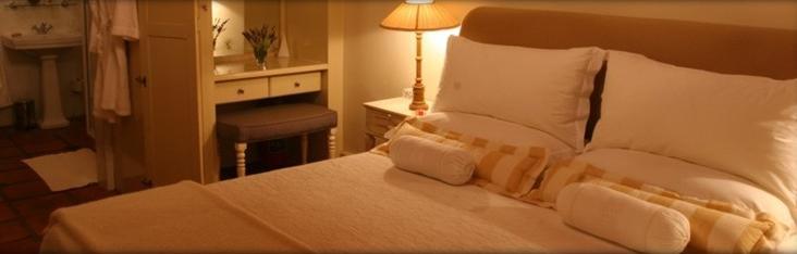 Burgherspost Wine Estate - bedroom