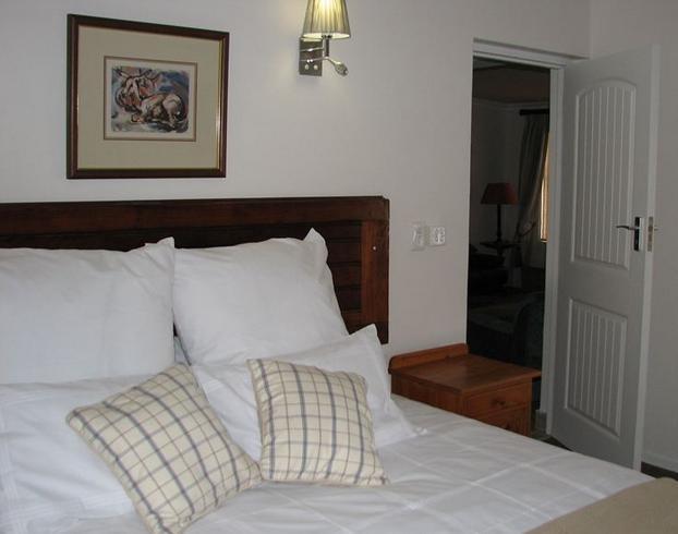 JubelnJuig - bedroom