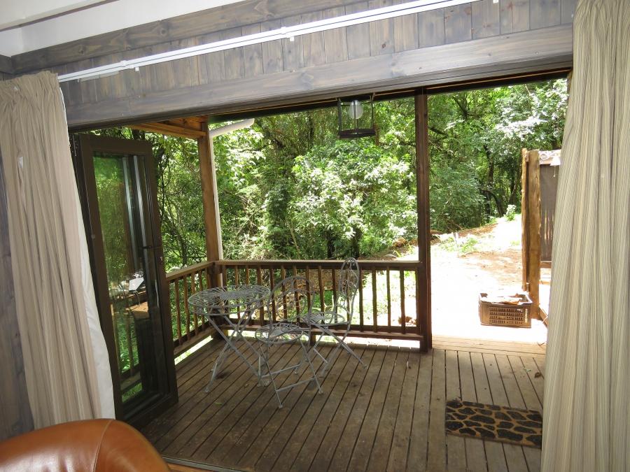 _Forest Bird Lodge - verandah