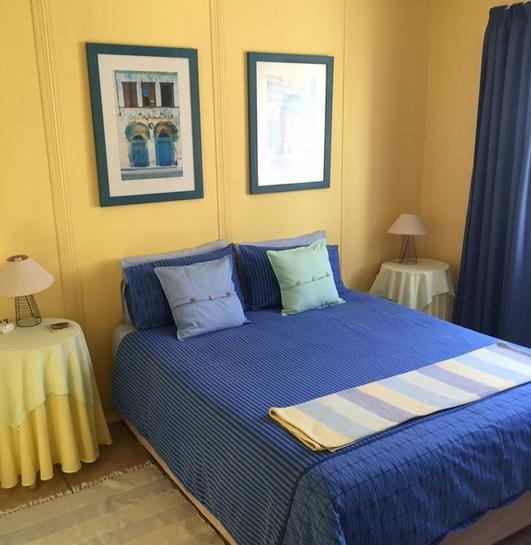Home Away - bedroom