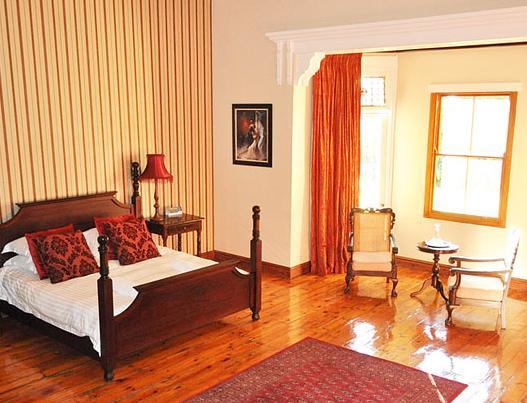 Kearsney Manor - bedroom
