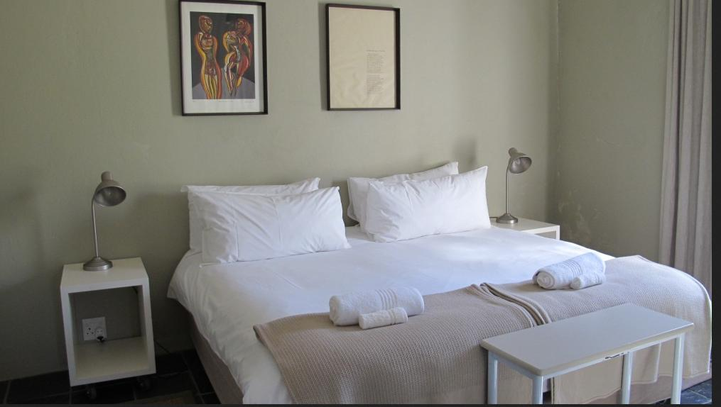 Saronsberg Vineyard Cottages - bedroom