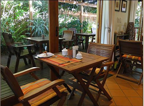 Umbrella Tree - dining room