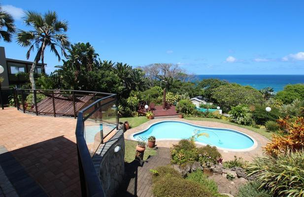 Wailana Beach Lodge - pool