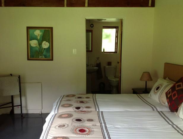 Frog Getaway - bedroom