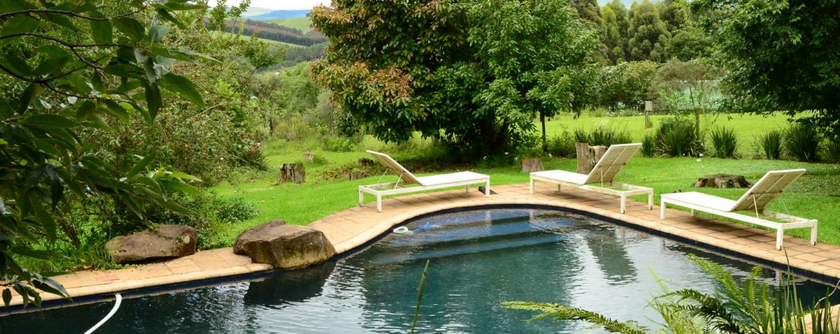 Lemonwood Cottages - pool
